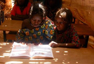 Girls affected by slavery in school in Niger