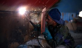 man-welding-banner