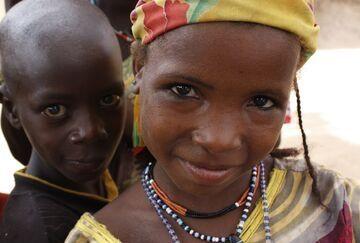 children of slave descent in Niger smiling